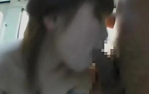 爆乳美女が電車の中で痴漢に襲われイキまくる(vol3)