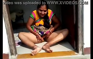 desi townsperson bhabhi showing her vagina bf hindi clear