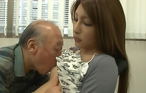 Lara Mizuki Asian beauty is crazy for sex
