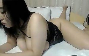 Sexy Asian slut free cam small talk