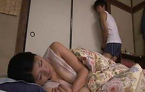Japanese asleep mama